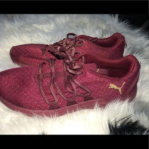 PUMA memory foam sneakers 🌈